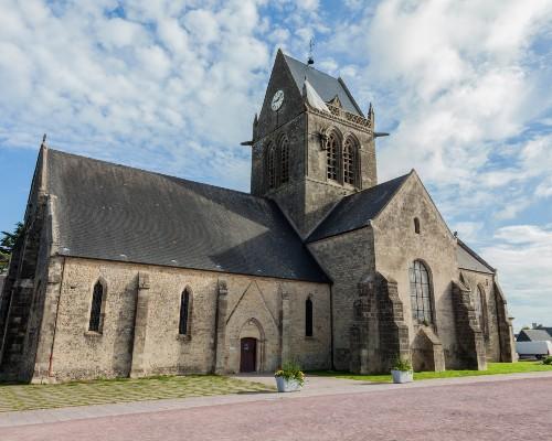 Sainte-Mére-Église Paratrooper John Steele