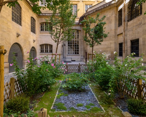 Conciergerie Courtyard