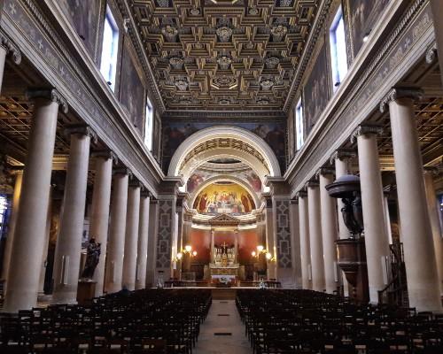 Inside Notre Dame de Lorette