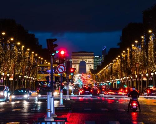 Avenue Champs-Élysées at Night