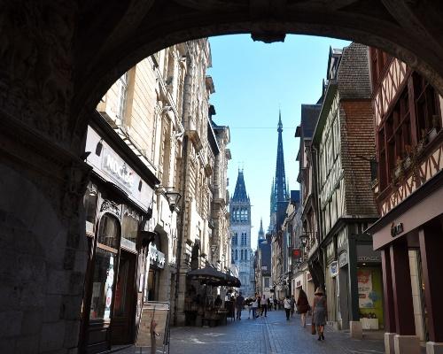 Rouen Main Street